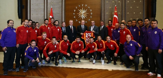 Galatasaray'dan 'Saray' çıkarması