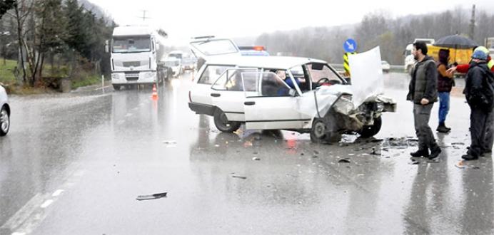 45 yıllık evli çifti, trafik kazası ayırdı