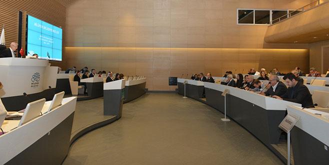 Nilüfer Meclisi'ne kadınlar ve şehitler damgası