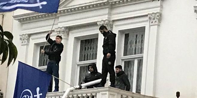 İran elçiliği binası basıldı