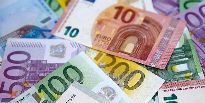 Euro'da 4 ayın en düşük verisi