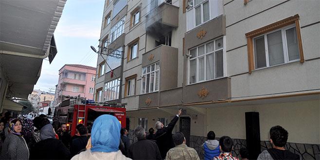 Ev sahibine kızan kiracı evi yaktı