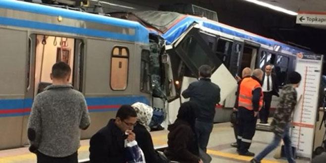 İstanbul'da tramvaylar çarpıştı: Yaralılar var