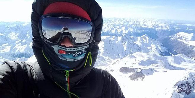 Bursalı dağcı, -40 derecede Avrupa'nın zirvesinde...