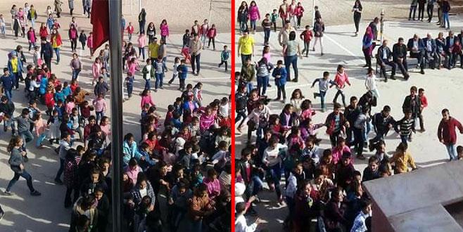 Yardım getiren üniversiteliler ile ilkokul öğrencileri, kavganın ortasında kaldı