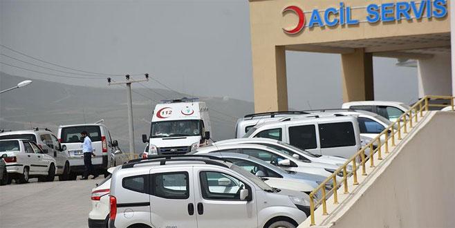 PKK'lı teröristler odun toplayan vatandaşlara saldırdı