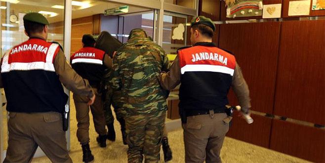 Sınırı geçen 2 Yunan askeri ile ilgili soruşturmada yeni gelişme!
