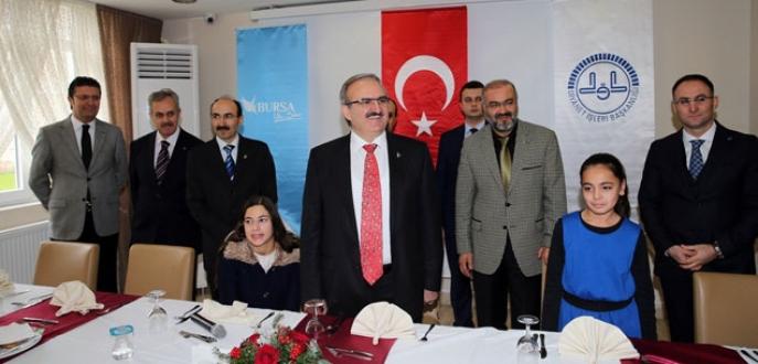 Gurbetçi ailelerin çocukları, türk kültürünü öğrenmek için Bursa'da