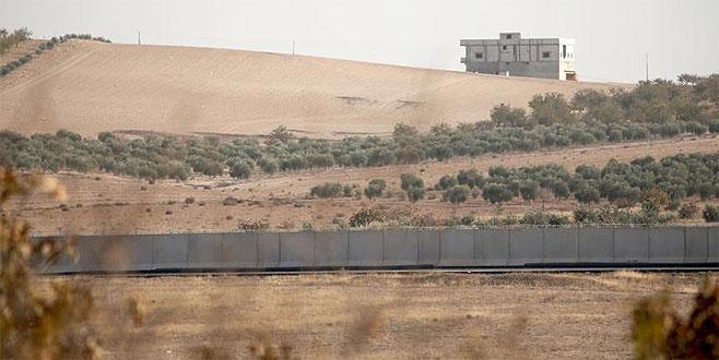 Türkiye'ye geçmeye çalışan 808 kişi yakalandı