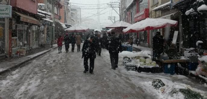 700 yıllık pazar kar sebebiyle boş kaldı