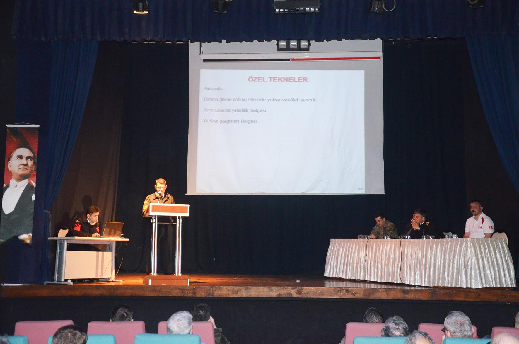 Sahil Güvenlik'ten yaza hazırlık semineri
