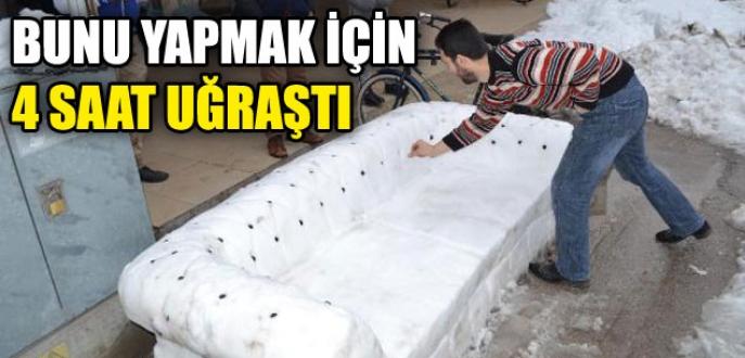 Bursa'da mobilyacı kardan koltuk yaptı!
