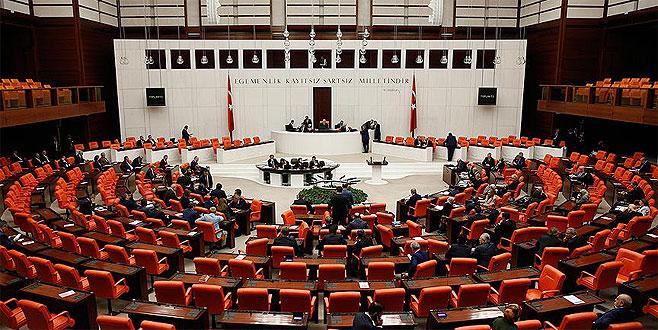 AK Parti'de 24 Haziran seçimlerinde liste dışı kalan isimler