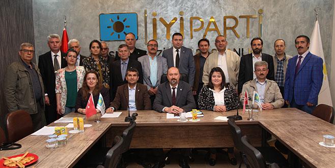 İYİ Parti'den Osmangazi'ye 4 yıllık eleştiri