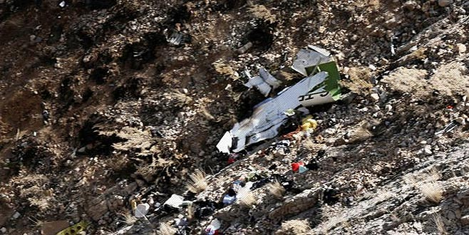 11 kişinin öldüğü jet kazasında 'zikzak'ın şifresi çözülüyor