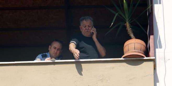 'Oğlum evde yok' diye polisi aradı, terastan aşağı bakınca...