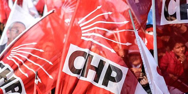 CHP'de yerlerini beğenmeyen 4 kişi adaylıktan çekildi