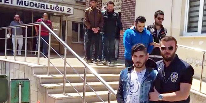 Bursa'da yabancı uyruklu 4 şahıs uyuşturucu maddeyle yakalandı