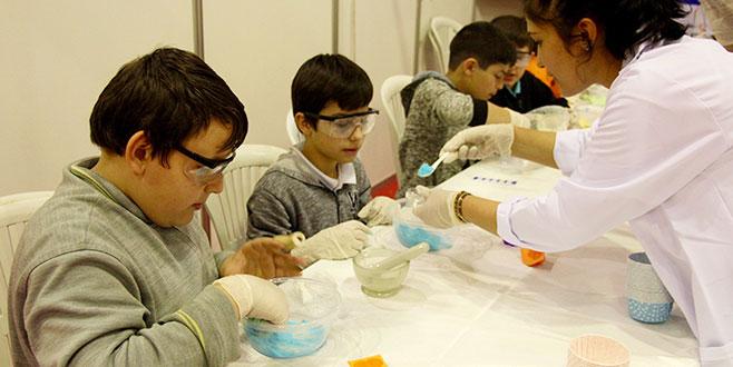 Türkiye'nin en büyük bilim festivali Bursa'da başladı