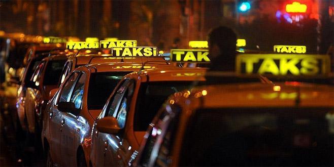 Tepki çeken taksici için flaş karar
