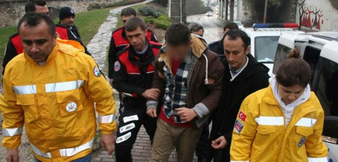 Bursa'da uyuşturucu kullanan genç hastanelik oldu