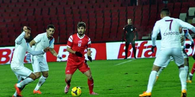 Trabzonspor'u Cardozo kurtardı!
