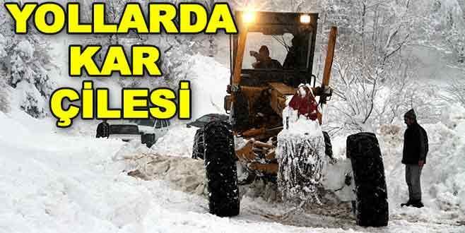 Bursa'da kar, 145 mahalle yolunu kapattı