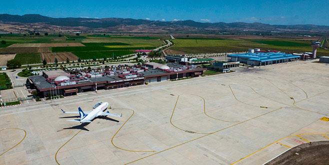 İstanbul'a gelen uçaklar Bursa'ya yönlendirildi