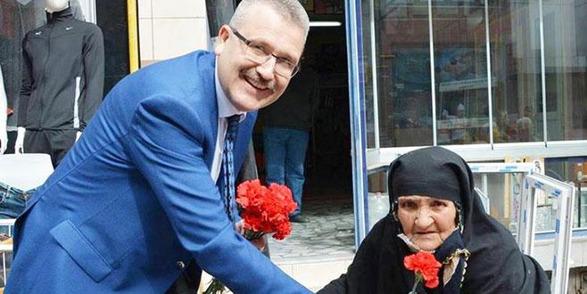 Karacabey Belediye Başkanı Özkan'dan 'Anneler Günü' mesajı