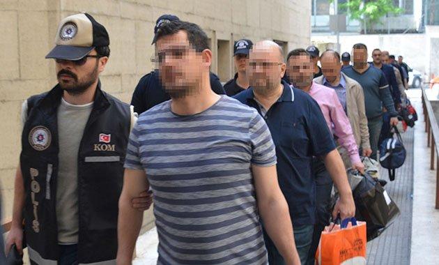 Bursa'da FETÖ operasyonu: 19 kişi adliyeye sevk edildi