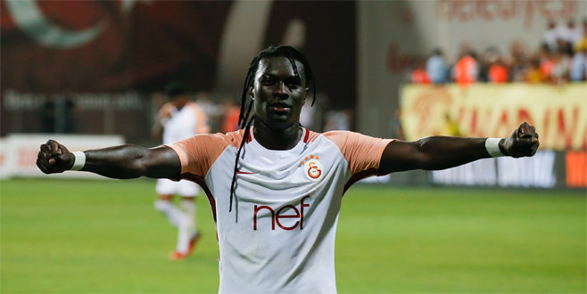 Galatasaray'ın yıldızı Gomis'ten 15 Temmuz paylaşımı!