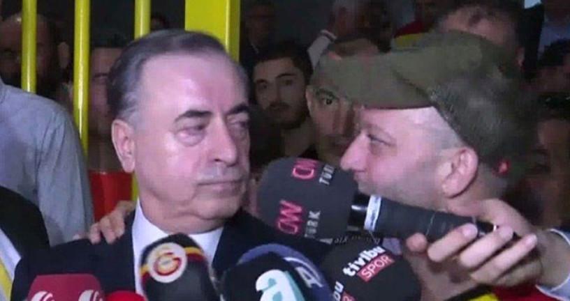 Rıza Kocaoğlu, Galatasaray Başkanı Mustafa Cengiz'in röportajını trolledi