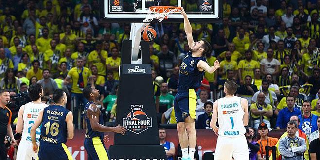 Fenerbahçe Doğuş Euroleague'de ikinci oldu