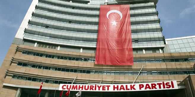 CHP'de kurultay için imza süreci başladı
