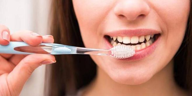 Ramazan'da diş fırçalarken bunu yapıyor musunuz?