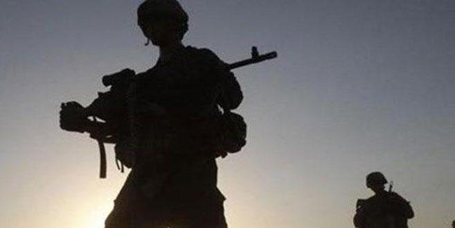 Hakkari'deki saldırıda yaralanan askerden acı haber