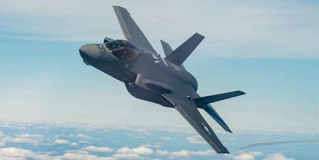 Türkiye'nin ilk F-35 savaş uçağı uçuş testinde