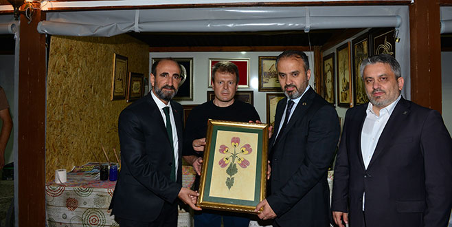 Başkanlardan YIL-MEK standına ziyaret
