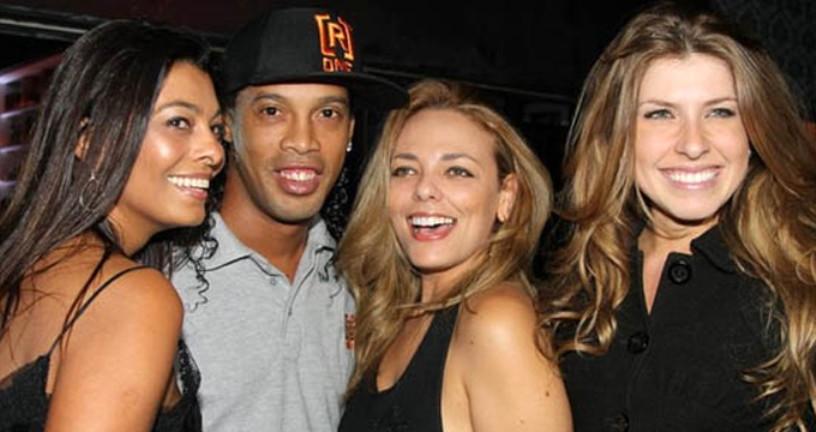 Ülke karıştı, Ronaldinho aynı anda 2 kadınla evleniyor