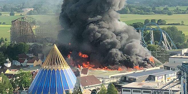 Eğlence parkında korkutan yangın