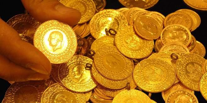 Altın üretimi yarı yarıya azaldı
