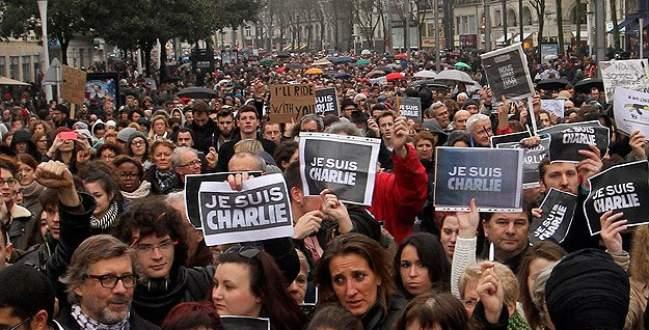 Fransa'da yüz binler terör kurbanları için yürüdü