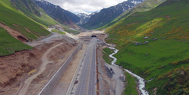 Türkiye'nin en uzun tüneli açıldı