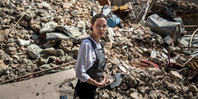 Angelina Jolie: Gördüğüm en büyük yıkım