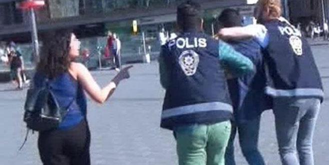 Metroda iğrenç saldırı! Kadının çığlığı polisi harekete geçirdi