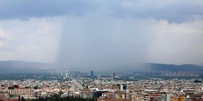 Bursa'daki sağanak böyle görüntülendi...