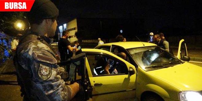 Bin polisle uyuşturucu operasyonu