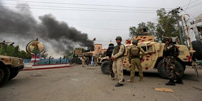 Taliban katliamı WhatsApp'tan duyurdu