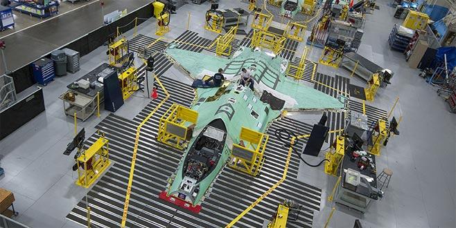 TSK'nın yeni savaş uçağı teslim ediliyor