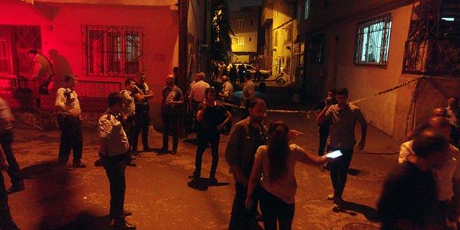 Bursa'da uyuşturucu satıcıları mahalleliye ateş açtı: 2 kadın ağır yaralı